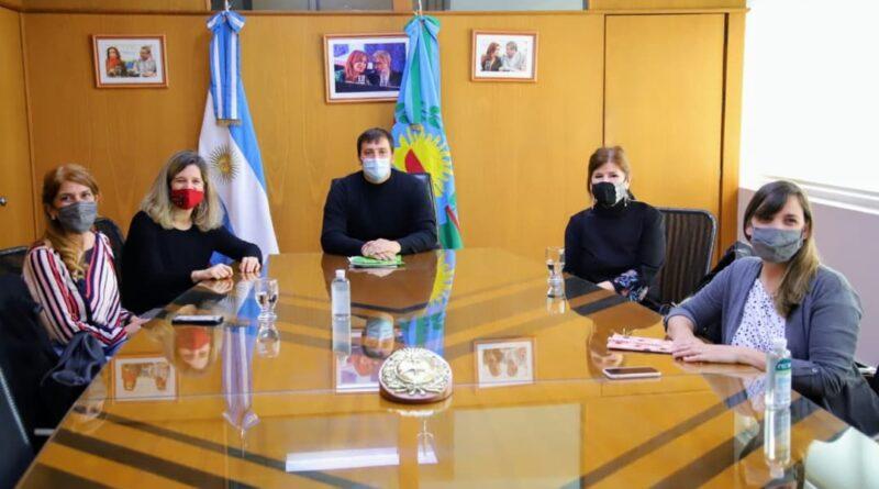 Avellaneda firmó un convenio con la Universidad Metropolitana para la Educación y el Trabajo (UMET)