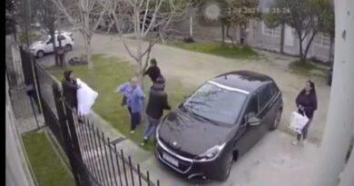 Ataque piraña en Quilmes, víctima se desmayó del susto
