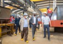 Mussi y funcionarios nacionales visitaron la primera empresa berazateguense adherida al Programa «Te Sumo»